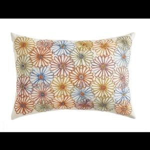 New Pier 1 Daisy Lumbar Embroidered Pillow, 4 pc
